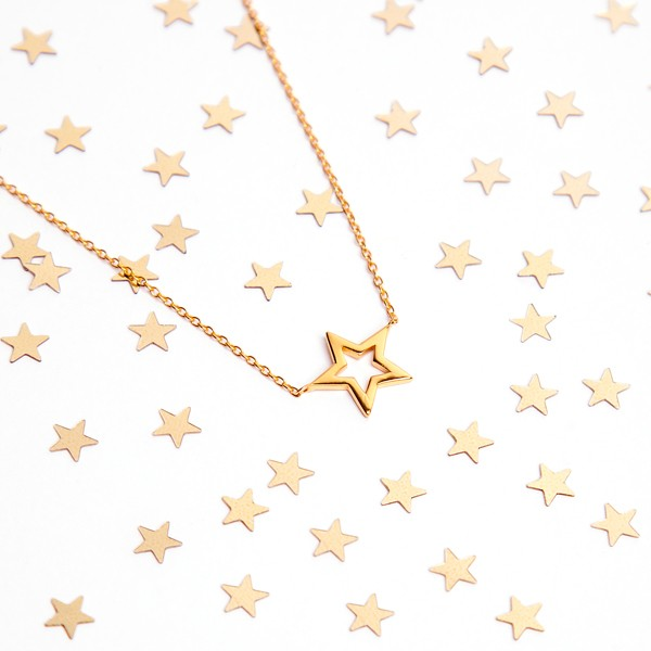 cadena-estrella-hueca-oro-18k