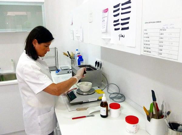 Ana_ordis_laboratori_01