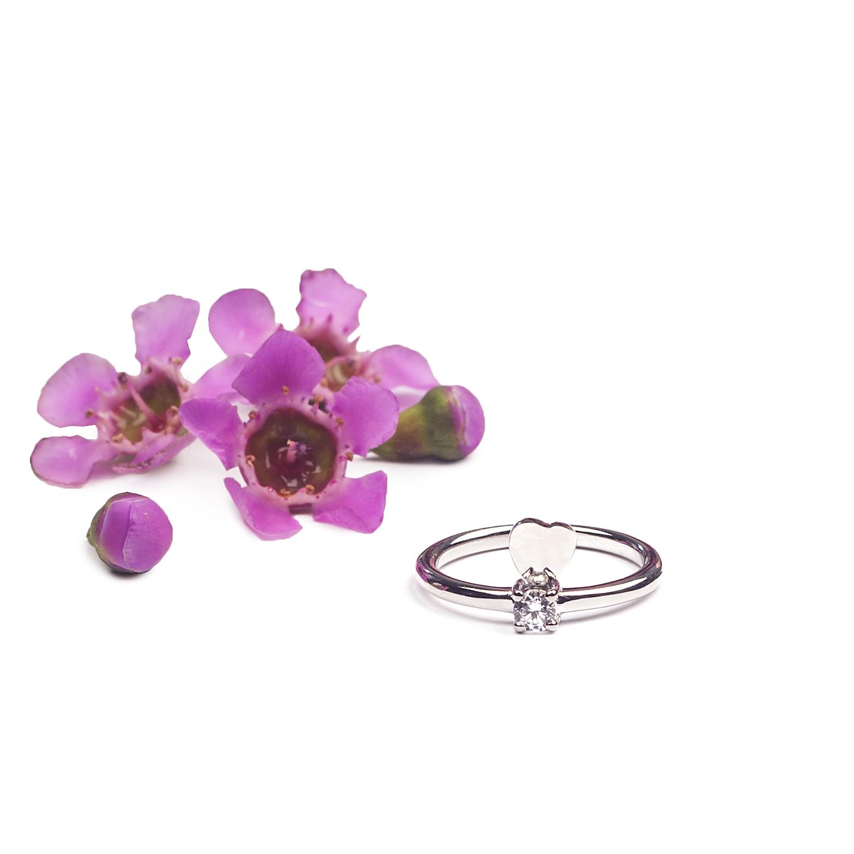 anillo corazón y cristal plata