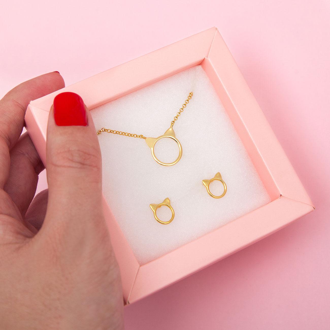 conjunto orejitas dorado